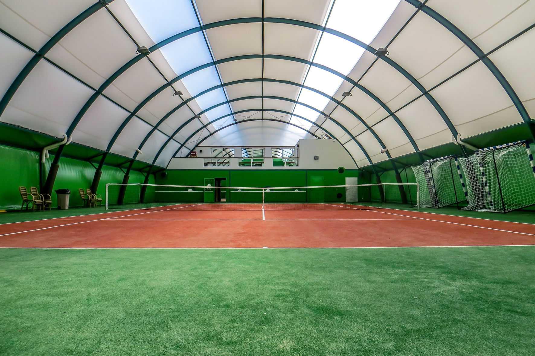Korty tenisowe w Tokarach - opis